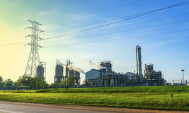 Fabriksbyggnad Royaltyfria Foton