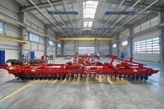 Fabriksenheten shoppar Tillverkning av jordbruks- maskineri fotografering för bildbyråer