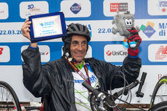 Fabrizio Bove de lopplöpare-hand cyklarna Royaltyfri Fotografi