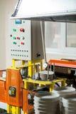 Fabryczna maszyna z pulpitem operatora Fotografia Royalty Free