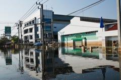 fabrycznej powodzi przemysłowy nakorn Nava Thailand Fotografia Stock