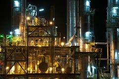 Fabryka chemikaliów noc scena Zdjęcie Royalty Free
