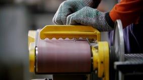 fabryka przemysłowej Szlifierska maszyna  zdjęcie wideo