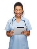 Fabrykuje lub pielęgnuje z komputerem osobistym stetoskopu i pastylki Obraz Stock