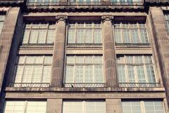 Facade av en gammal byggnad Royaltyfri Fotografi