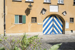 Jakober tor in augsburg stock image image 33617111 for Fuggerei germany houses for sale