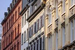 Facades i den gammala townen av Wiesbaden royaltyfria foton