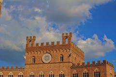 Facae di Palazzo Pubblico su Piazza del Campo fotografie stock