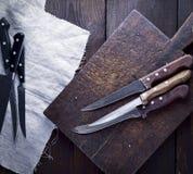 Facas de cozinha usadas, vista superior Fotografia de Stock