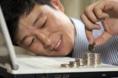 Faccia i soldi con il calcolatore! Fotografia Stock Libera da Diritti
