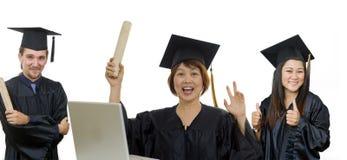 Faccia maturare il laureato della donna con i compagni di classe Fotografia Stock Libera da Diritti