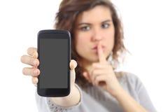 Faccia tacere per favore il telefono cellulare Immagine Stock