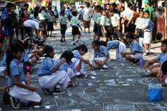 Faccia un'immagine avente diritto l'indipendenza facendo uso di gesso durante la celebrazione la festa dell'indipendenza Immagini Stock