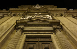 Facciata barrocco della chiesa a Firenze immagini stock