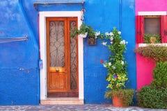 Facciata Colourfully dipinta della casa su Burano Immagini Stock Libere da Diritti