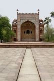 Facciata decorata della tomba del Akbar. Agra, India Immagine Stock