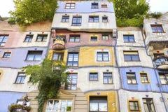 Facciata del Hundertwasserhaus fotografie stock libere da diritti