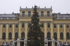 Facciata del palazzo di Schonbrunn a Vienna Immagini Stock Libere da Diritti
