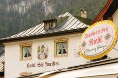 Facciata dell'hotel di Decoretad. Konigssee. La Germania Immagine Stock Libera da Diritti