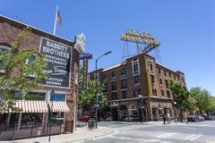 Facciata dell'hotel Monte Vista nel centro dell'albero per bandiera, Arizona Immagini Stock Libere da Diritti