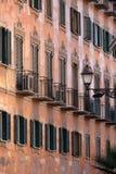 Facciata della Camera al centro urbano di Roma Fotografie Stock Libere da Diritti