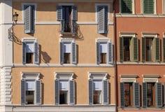 Facciata della Camera al centro urbano di Roma Fotografia Stock Libera da Diritti