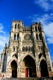 Facciata della cattedrale a Amiens immagini stock libere da diritti