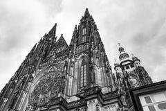 Facciata della cattedrale di vitus della st a Praga Immagini Stock Libere da Diritti
