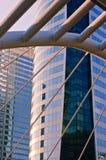 Facciata della costruzione di affari sulla strada della Sa-spina con il tramonto Fotografia Stock