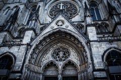 Facciata della st John The Divine Cathedral a New York immagine stock libera da diritti