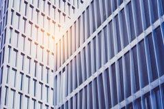 Facciata di costruzione moderna nel distretto aziendale fotografia stock