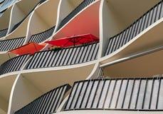 Facciata di un edificio residenziale moderno a Magdeburgo Fotografia Stock