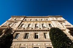Facciata edificio di Hystorical in una mattina soleggiata Fotografia Stock Libera da Diritti