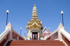 Facciata frontale del santuario della colonna della città di Phitsanulok Immagine Stock Libera da Diritti