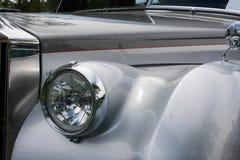 Facciata frontale di un'automobile classica Fotografie Stock Libere da Diritti