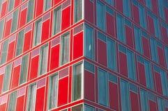 Facciata futuristica dell'edificio per uffici Fotografia Stock