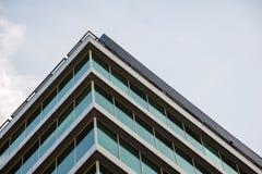 Facciata moderna della costruzione Fotografie Stock Libere da Diritti