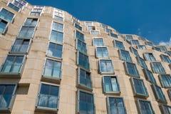 Facciata moderna della costruzione a Berlino Fotografia Stock