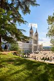 Facciata principale di Almudena Cathedral Madrid, Spagna Fotografia Stock