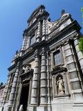 Facciata sbalorditiva della chiesa di Saint Loup a Namur, Belgio fotografia stock libera da diritti
