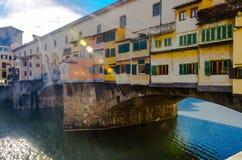 Facciata variopinta del Ponte Vecchio su Arno River Immagine Stock Libera da Diritti