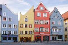 Facciate delle case a Landsberg am Lech. Immagine Stock