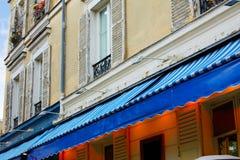 Facciate di du Tertre Parigi del posto di Montmartre fotografia stock libera da diritti