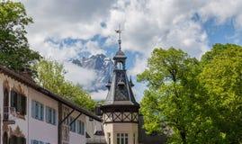 Facciate storiche in Baviera Germania di Garmisch-Partenkirchen Immagini Stock Libere da Diritti