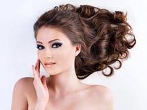 Face da mulher com pele saudável desobstruída Fotografia de Stock