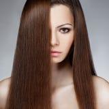 Face da mulher do close up com cabelo longo fotografia de stock
