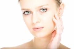 Face da mulher nova do retrato do close-up da beleza Imagens de Stock