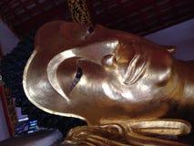 Face de reclinação de Buddha Fotografia de Stock Royalty Free