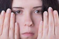 Face e dedos da mulher Imagens de Stock Royalty Free