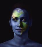 A face e o mapa da mulher Imagens de Stock Royalty Free